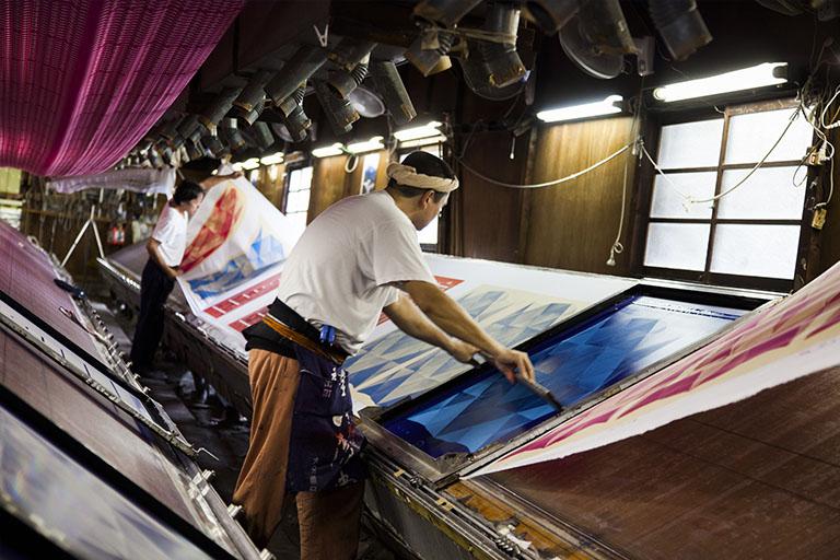 日本の伝統「風呂敷」を海外へ、ネットを駆使していかにFuroshikiを世界に広めたか