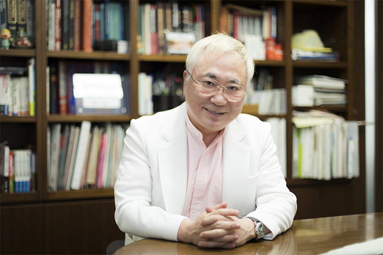 高須クリニック 高須克弥院長流、質を高める「人生100年時代」の生き方とは。